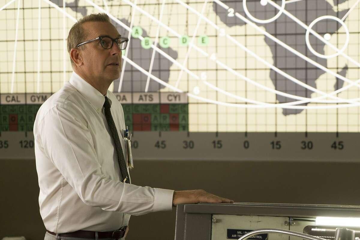 Kevin Costner stars as NASA official Al Harrison, in HIDDEN FIGURES.