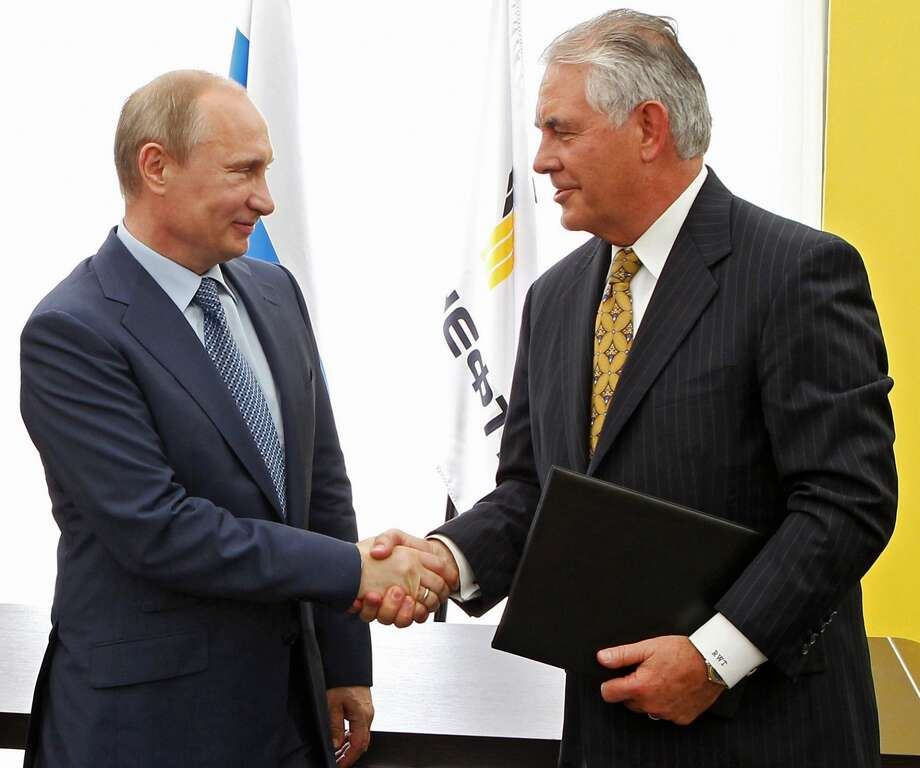Forbes' Most Powerful PeopleVladimir Putin, pictured with ExxonMobil CEO and Donald Trump's pick for secretary of state Rex Tillerson, once again topped Forbes' annual list of the most powerful people in the world. Keep going for a closer look at the most powerful people in the world, according to Forbes.