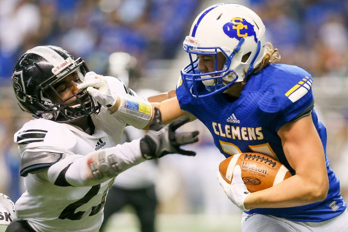 10. CLEMENSRecord: 5-2 How they fared: Defeated San Marcos 49-28