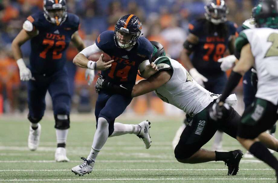 UH'S 2017 FOOTBALL SCHEDULEUTSAWhen: Saturday, Sept. 2Where: San Antonio2016 record: 6-7Series: Tied 1-1Last meeting: UTSA won 27-7 on Aug. 29, 2014 Photo: Eric Gay, STF / Copyright 2016 The Associated Press. All rights reserved.