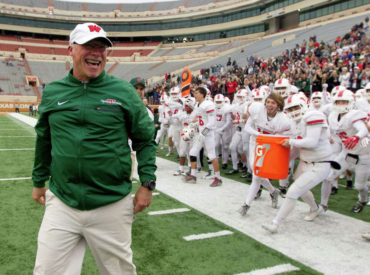 Hook 'em, Highlanders? Last Saturday, The Woodlands and coach Mark Schmid made themselves at home at the University of Texas' stadium and beat Allen 36-28 to advance to this week's 6A Division I state title game.