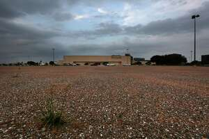 Greenspoint Mall has been in decline and is currently leasing parking lot space to a carnival, Tuesday, Nov. 29, 2016, in Houston. ( Mark Mulligan / Houston Chronicle )