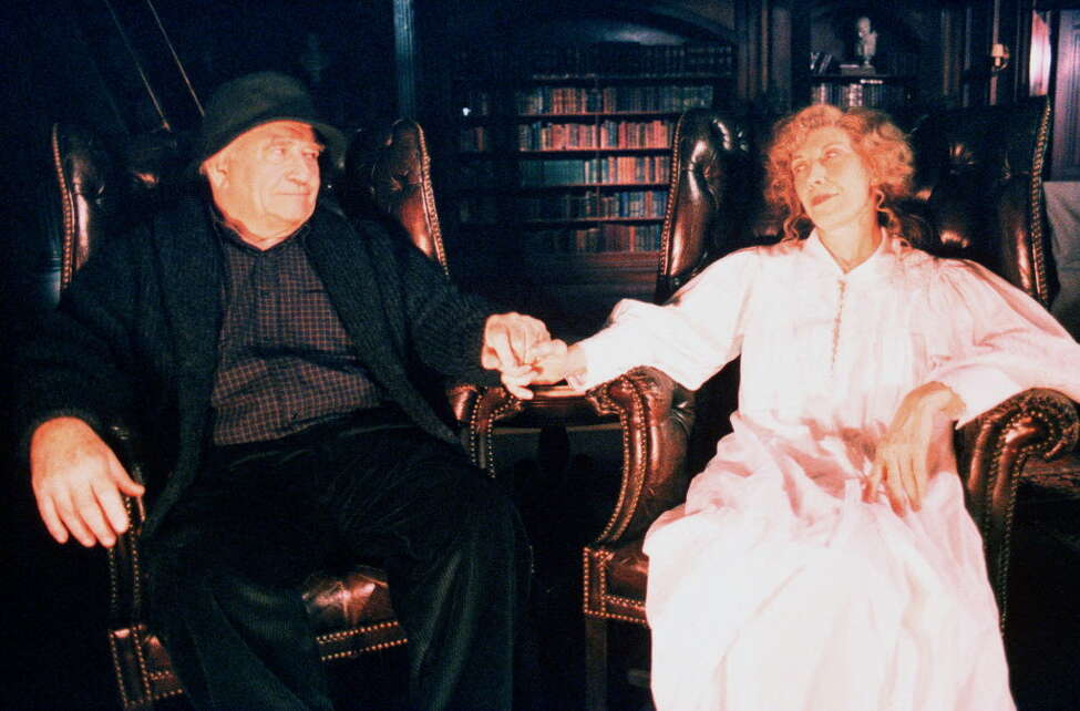 """""""The X-Files"""" even made the holidays weird. In a 1998 episode titled 'How the Ghosts Stole Christmas,' Mulder convinces Scully to stake out a reputed haunted house on the night before Christmas in which they discover a married couple (special guest stars Edward Asner, L and Lily Tomlin, R) keeping a dangerous secret."""