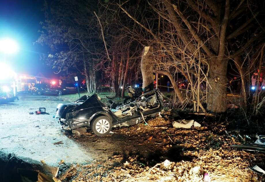 Brandon and Lindsay Dupee, brother and sister, were killed after their car crashed into the trees on Sunfield Lane, a road near I-95 in Fairfield, Conn. on Wednesday, Dec. 14, 2016. Photo: Fairfield Police Dept. / Contributed Photo / Connecticut Post Contributed