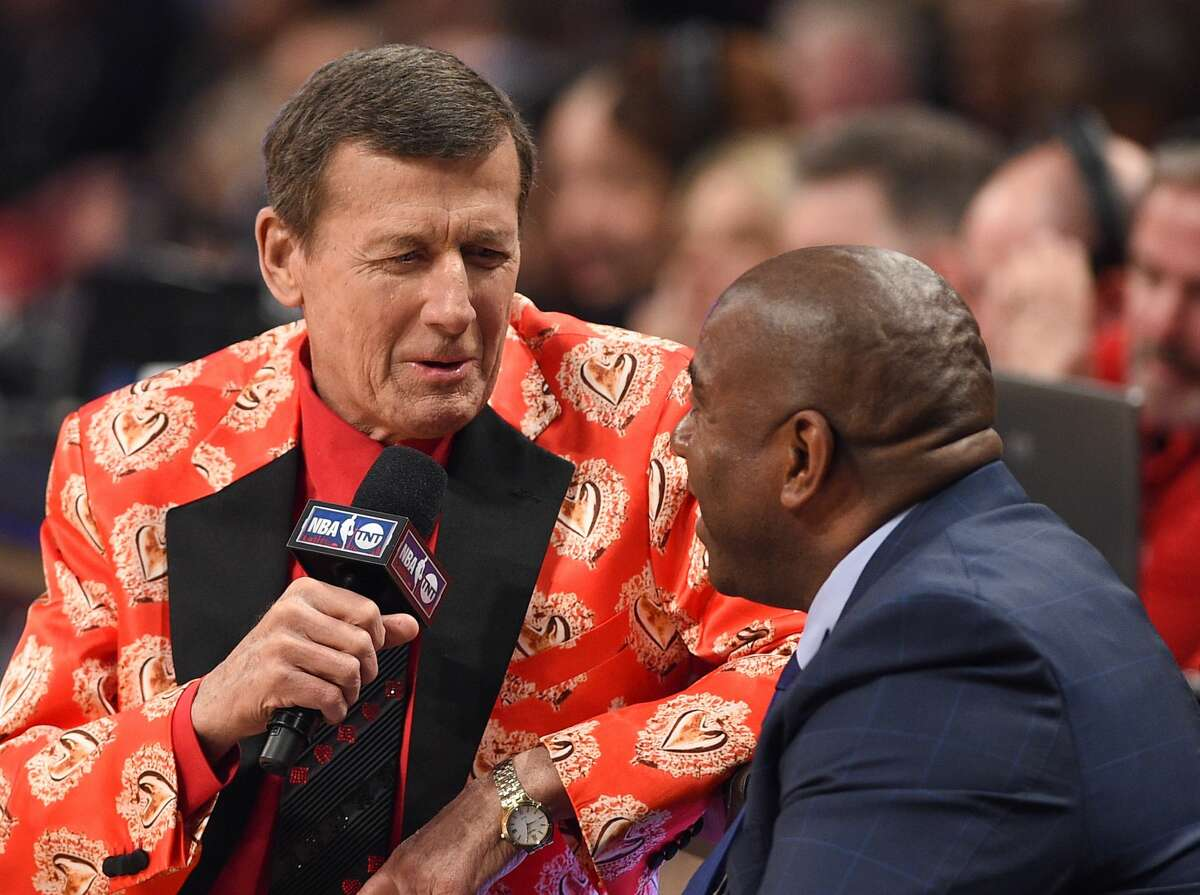 Sideline Reporter Craig Sager (L) and Former NBA Player Magic Johnson attend the 2016 NBA All-Star Game at Air Canada Centre on February 14, 2016 in Toronto, Canada. (Photo by George Pimentel/Getty Images)