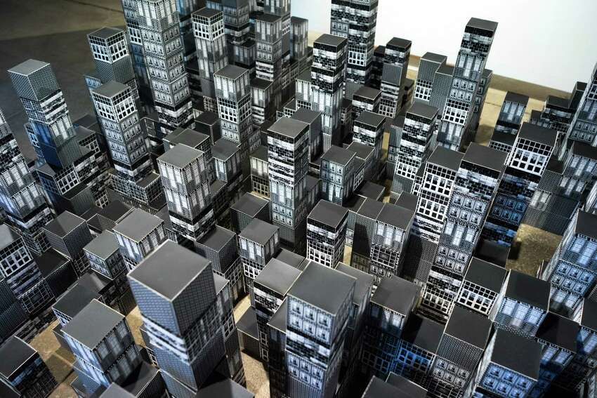 Mizin Shin, The irtual City, 2016 (1000 screenprinted cubes)