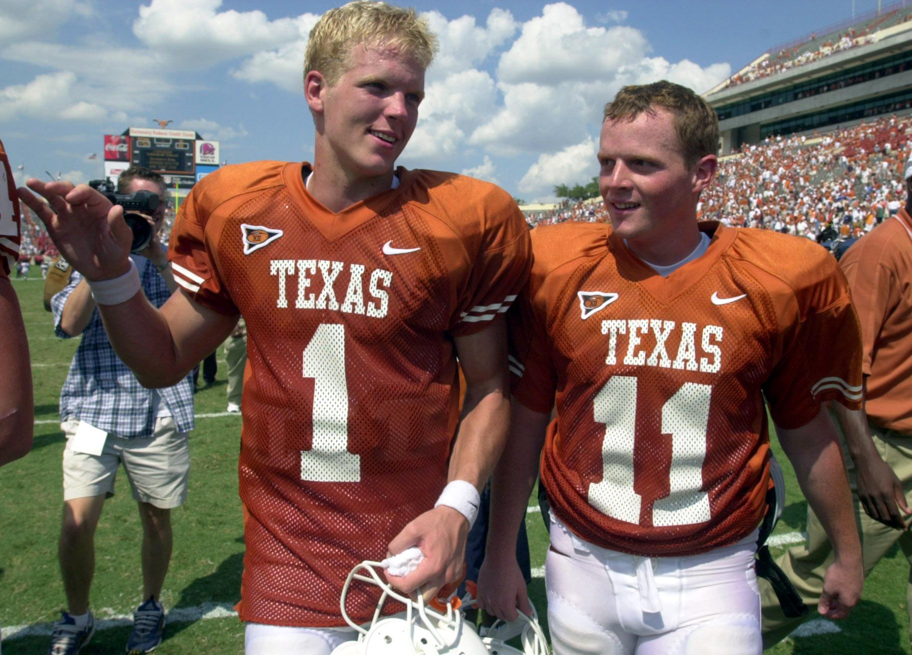 Former Texas quarterback Chris Simms: Major Applewhite 'treated me like  crap'
