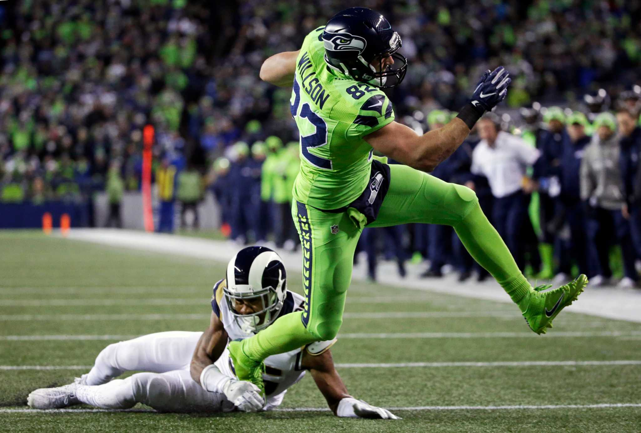 Seahawks lock up division - Times Union