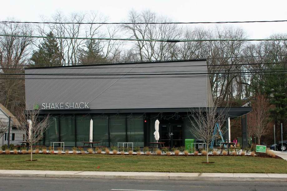 The exterior of Shake Shack, 1390 Post Road, Darien, Conn., on Dec. 13, 2016. Shake Shack officials expect an early 2017 opening. Photo: Justin Papp / Hearst Connecticut Media / Darien News