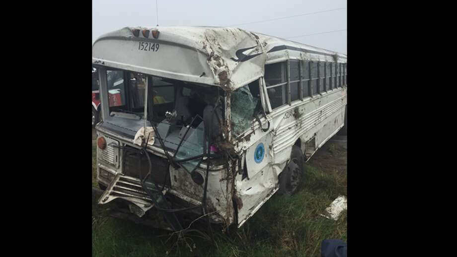 Prisoner Bus Rollover in Willacy County. Photo: Courtesy KRGV