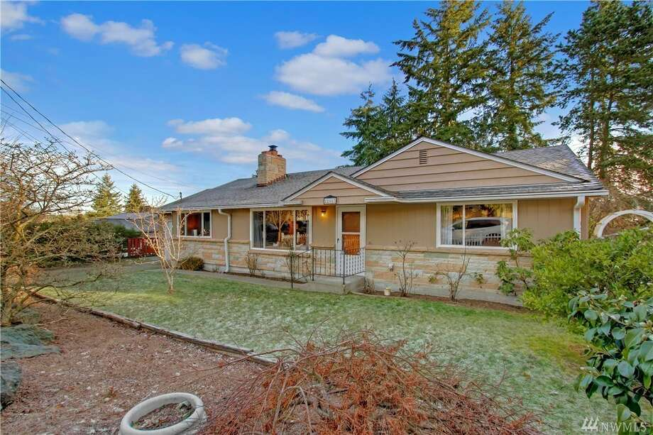 The first home, at 22903 76th Ave. W., is listed for $345,000. It is in Edmonds.The home has three bedrooms and 1½ bathrooms. It is 1,296 square feet and was built in 1955.There will be a showing for this home on Saturday, Dec. 17 and Sunday, Dec. 18 from 1 p.m. to 4 p.m. each day.You can see the full listing here. Photo: Photos By Vista Estate Imaging, Listing Courtesy Tom Crowe, Windermere Real Estate GH LLC
