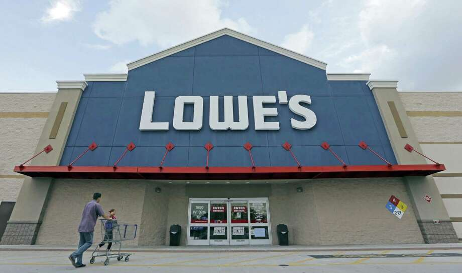 Lowe's profit and sales topped analysts' projections in the fourth quarter, as did its full-year forecast. Photo: Associated Press /File Photo / Copyright 2016 The Associated Press. All rights reserved. This material may not be published, broadcast, rewritten or redistribu