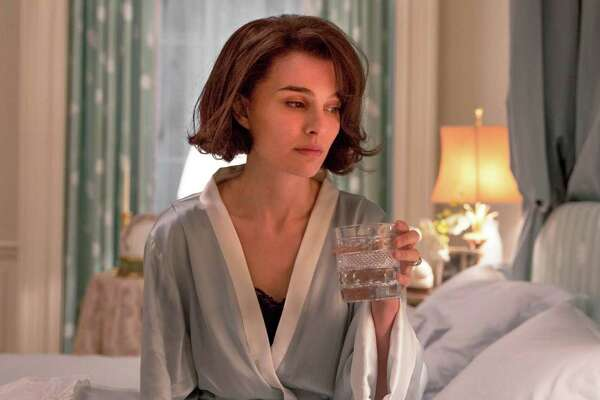 "This image released by Fox Searchlight shows Natalie Portman as Jackie Kennedy in a scene from the film, ""Jackie.""  (Stephanie Branchu/Fox Searchlight via AP)"