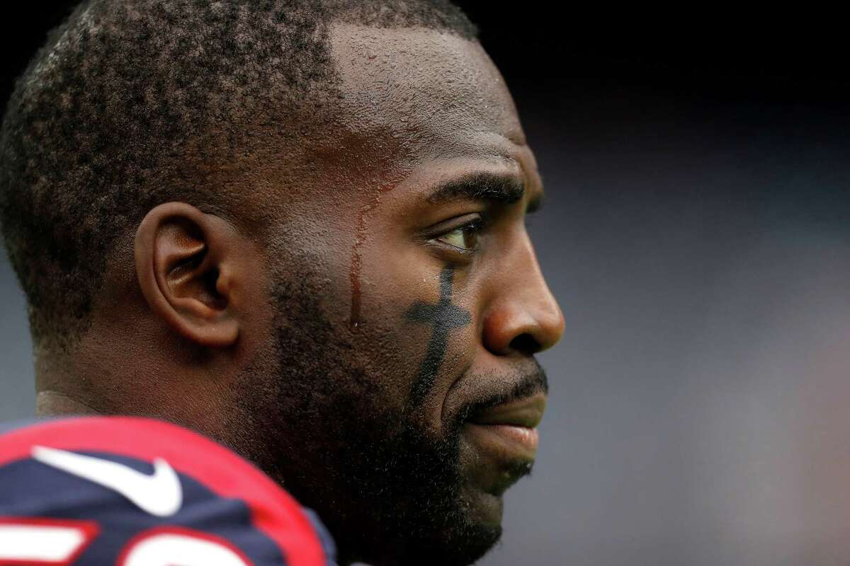 CELEB YOU'D LIKE TO DINE WITH: Houston Texans' Whitney Mercilus