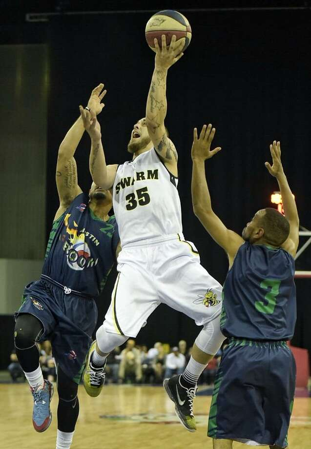 Guard Cam Cacciatore and the Laredo Swarm begin their season Sunday at 12:30 p.m. against the Austin Bats, which were renamed from the Boom in the offseason. Photo: Laredo Morning Times Staff File