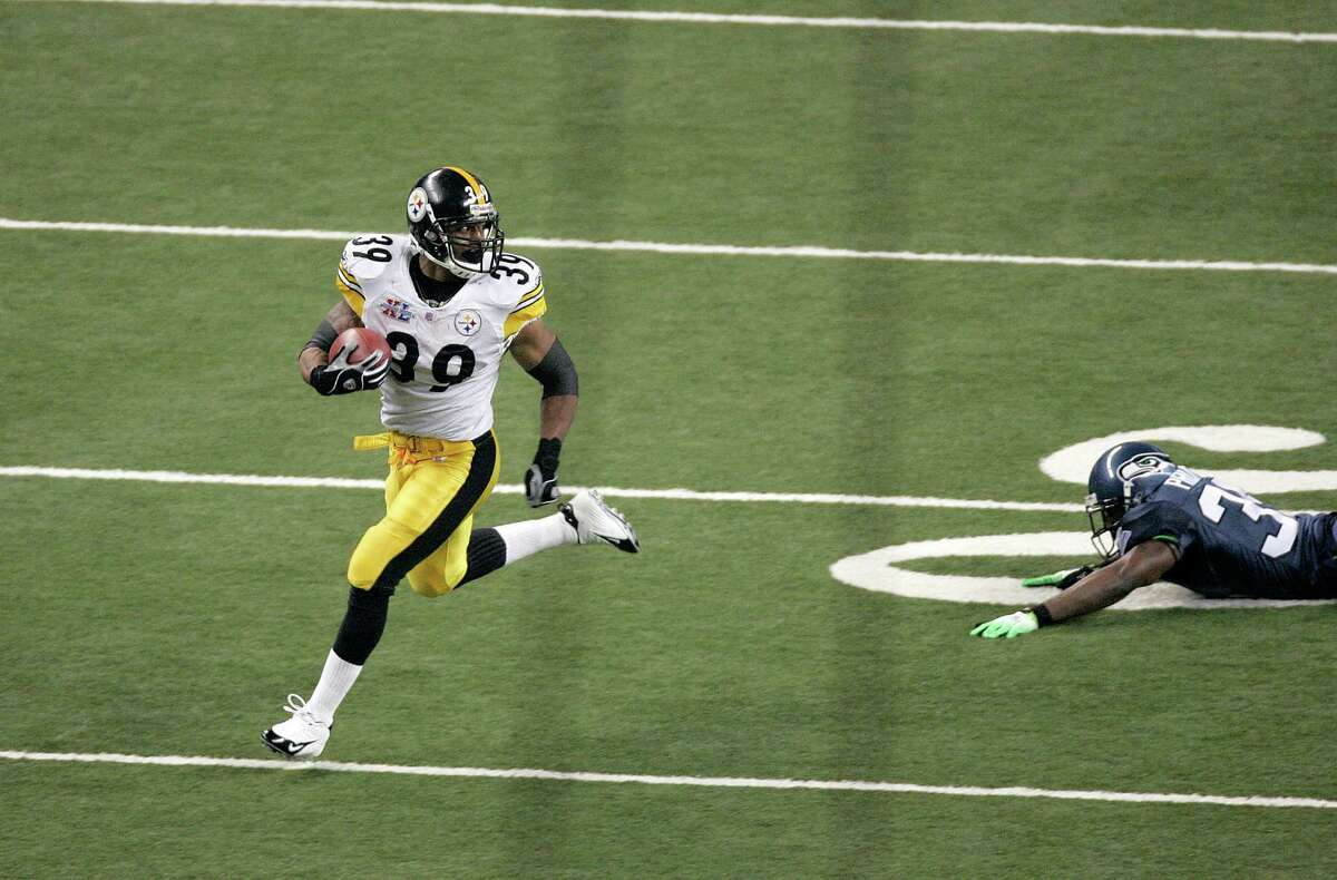 Steelers Willie Parker runs for a touchdown during Super Bowl XL between the Pittsburgh Steelers and Seattle Seahawks at Ford Field in Detroit, Michigan on February 5, 2006. (Photo by Gregory Shamus/NFLPhotoLibrary)