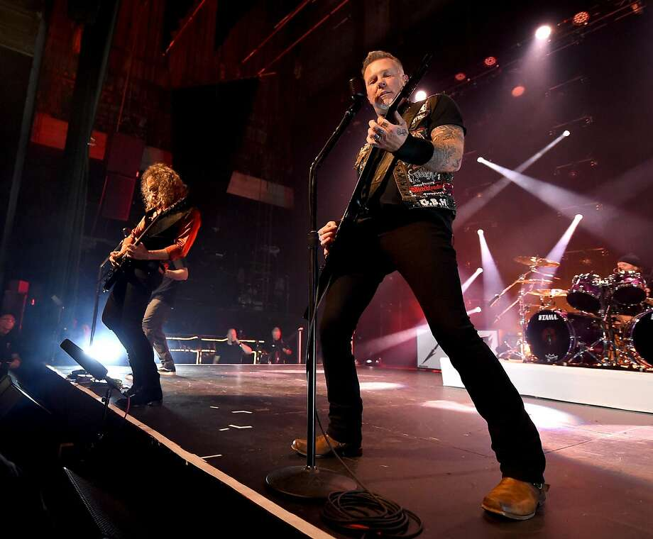 LOS ANGELES, CA - DECEMBER 15:  Musicians Kirk Hammett (L) and James Hetfield of Metallica perform at the Fonda Theatre on December 15, 2016 in Los Angeles, California.  (Photo by Kevin Winter/Getty Images) Photo: Kevin Winter, Getty Images