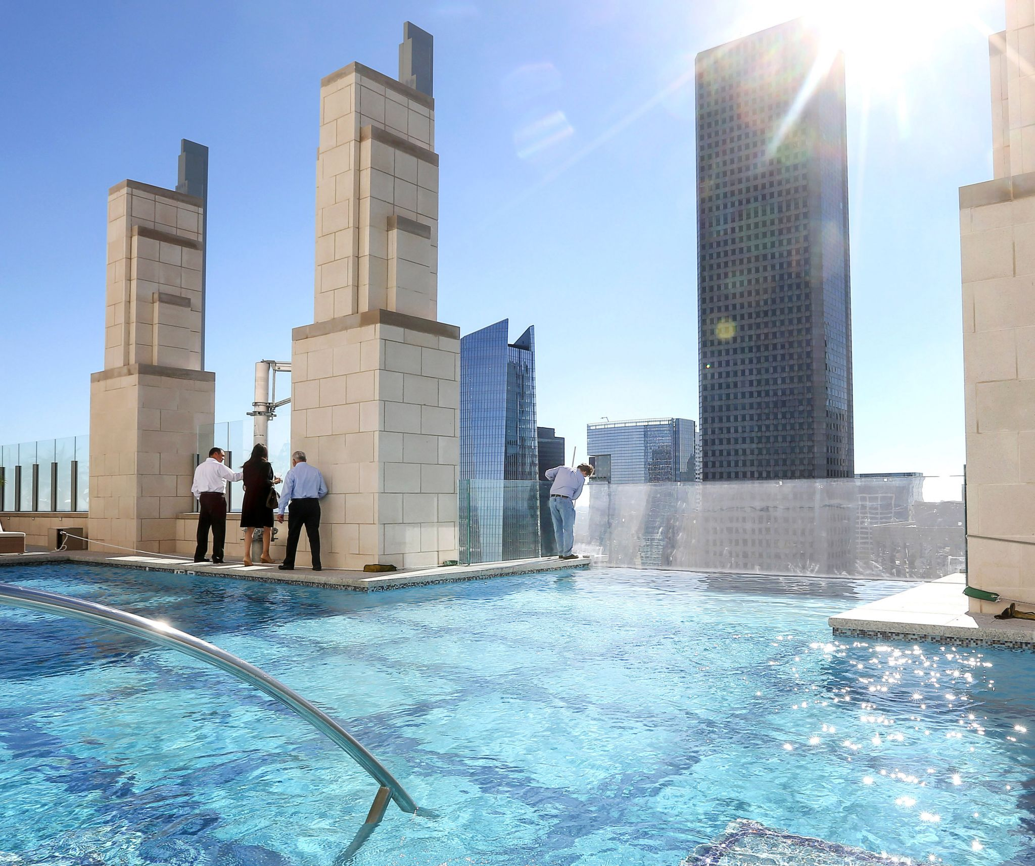 Sky Pool At Market Square Tower Houston Chronicle