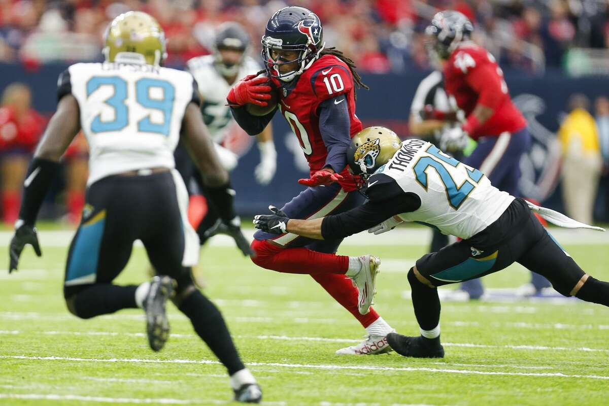 JOHN McCLAIN'S GRADES ON TEXANS-JAGUARS Wide receiver/tight end Tom Savage got DeAndre Hopkins involved. He was targeted 17 times and caught eight for 87 yards. Ryan Griffin had eight catches for 85 yards playing without the injured C.J. Fiedorowicz. Will Fuller contributed a 22-yard third-down catch on a scoring drive. Grade: B