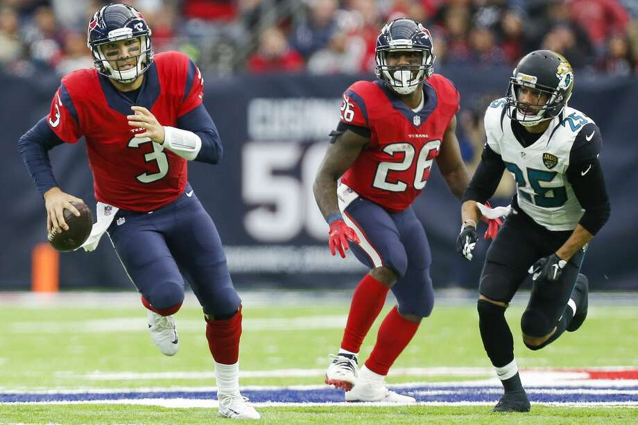 Houston Texans quarterback Tom Savage (3) makes a run during the second half of the Houston Texans 21-20 win against the Jacksonville Jaguars at NRG Stadium Sunday, Dec. 18, 2016 in Houston. ( Michael Ciaglo / Houston Chronicle ) Photo: Michael Ciaglo/Houston Chronicle