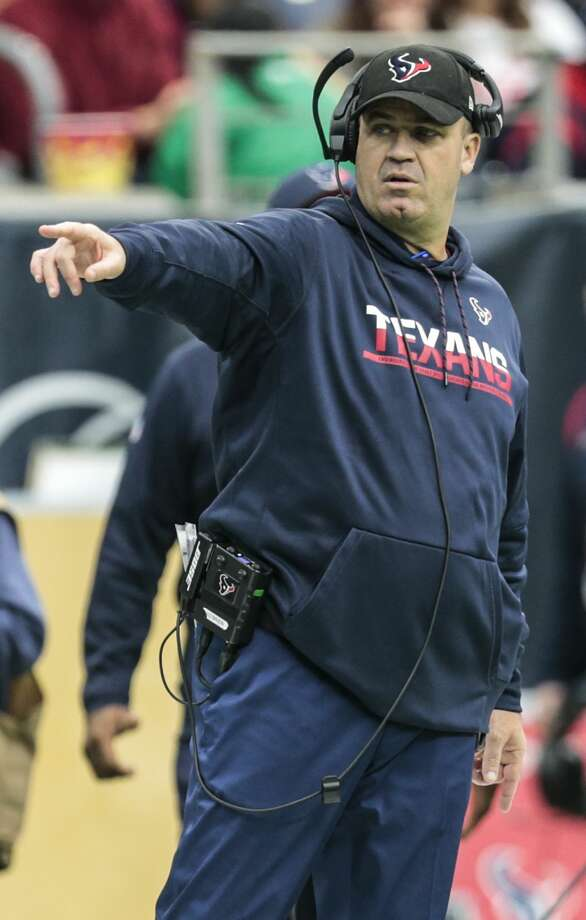 Houston Texans head coach Bill O'Brien makes a call from the sidelines during the second quarter of an NFL football game at NRG Stadium on Sunday, Dec. 18, 2016, in Houston. ( Brett Coomer / Houston Chronicle ) Photo: Brett Coomer/Houston Chronicle