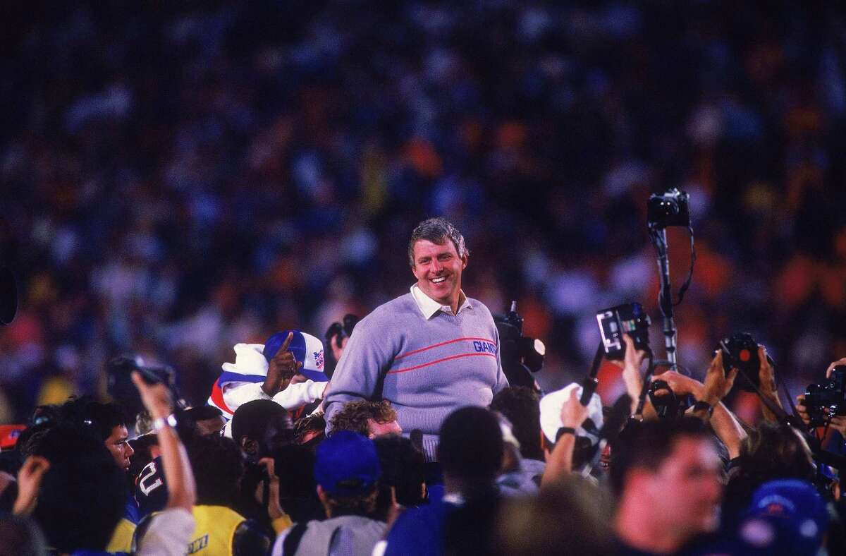 A Giants tradition of a Gatorade bath for Bill Parcells took center stage.