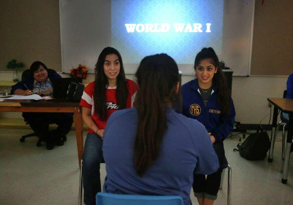 Students at Freer High School, Wednesday, Dec. 7, 2016. ( Mark Mulligan / Houston Chronicle )