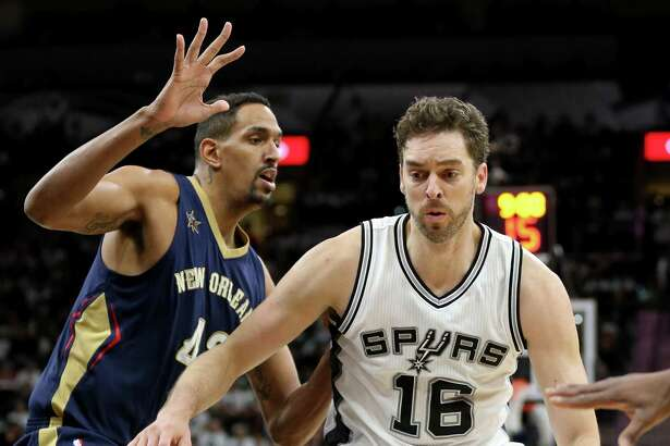 Pau Gasol, driving against New Orleans on Dec. 18, has missed games with a broken hand.