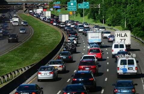 Three car accident delays I-95 traffic in Stamford