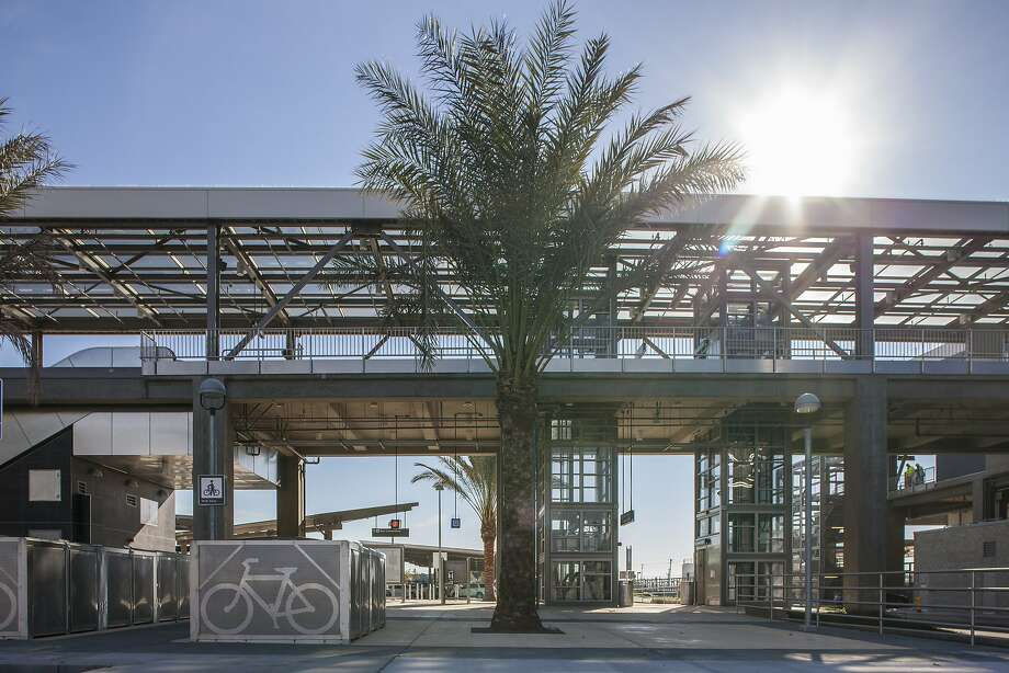 The new Warm Springs BART Station in south Fremont has been staffed since September even though the opening date has been delayed indefinitely. Photo: Peter DaSilva, Special To The Chronicle