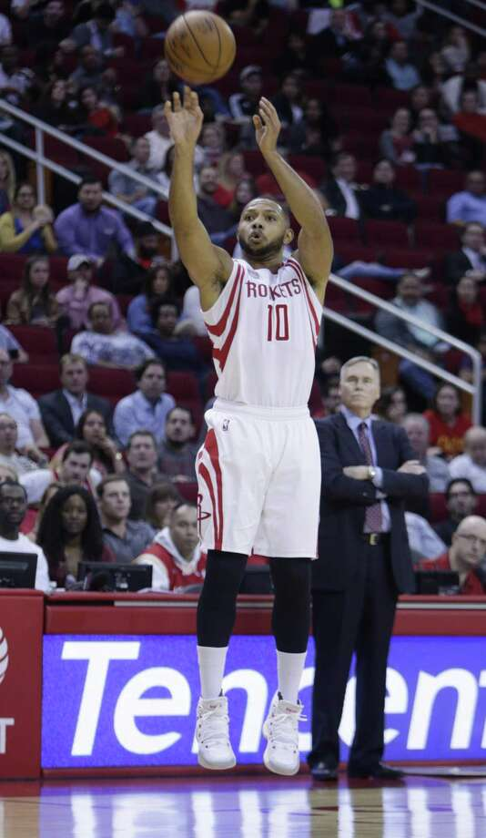 Run 'em off the line: No team, not even the Warriors, launched more 3-pointers than the Rockets. They led league with 14.4 3-pointers and 40.3 attempts. Houston knocked down 45 triples in four regular-season games against the Spurs.  Photo: Mark Mulligan /Houston Chronicle / © 2016 Houston Chronicle
