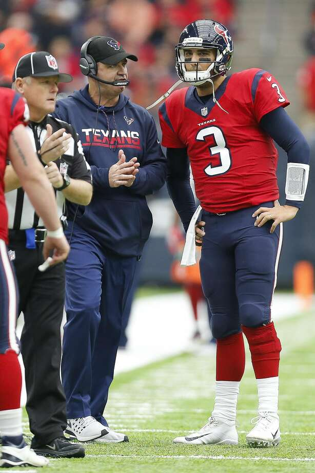 Cincinnati (5-8-1) plus-1½ at Houston (8-6)Texans 24-20 Photo: Michael Ciaglo, Houston Chronicle