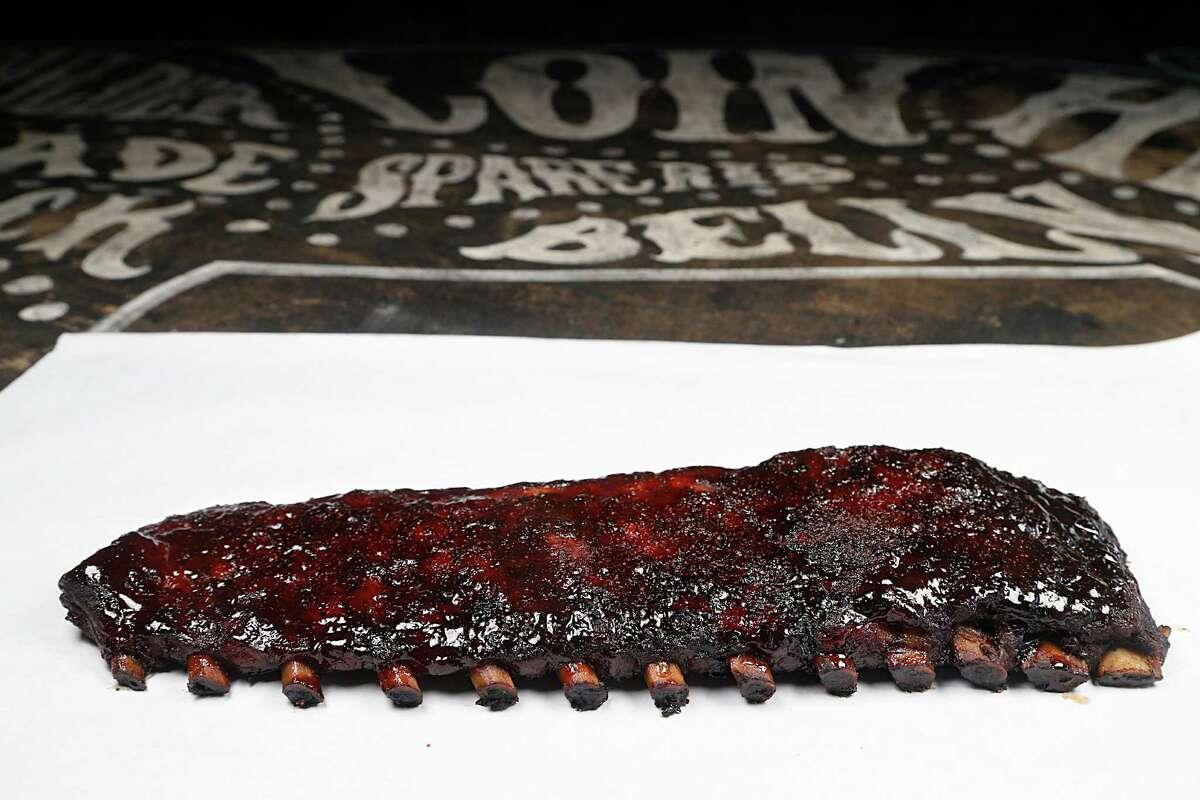 A rack of pork ribs at Pappa Charlies