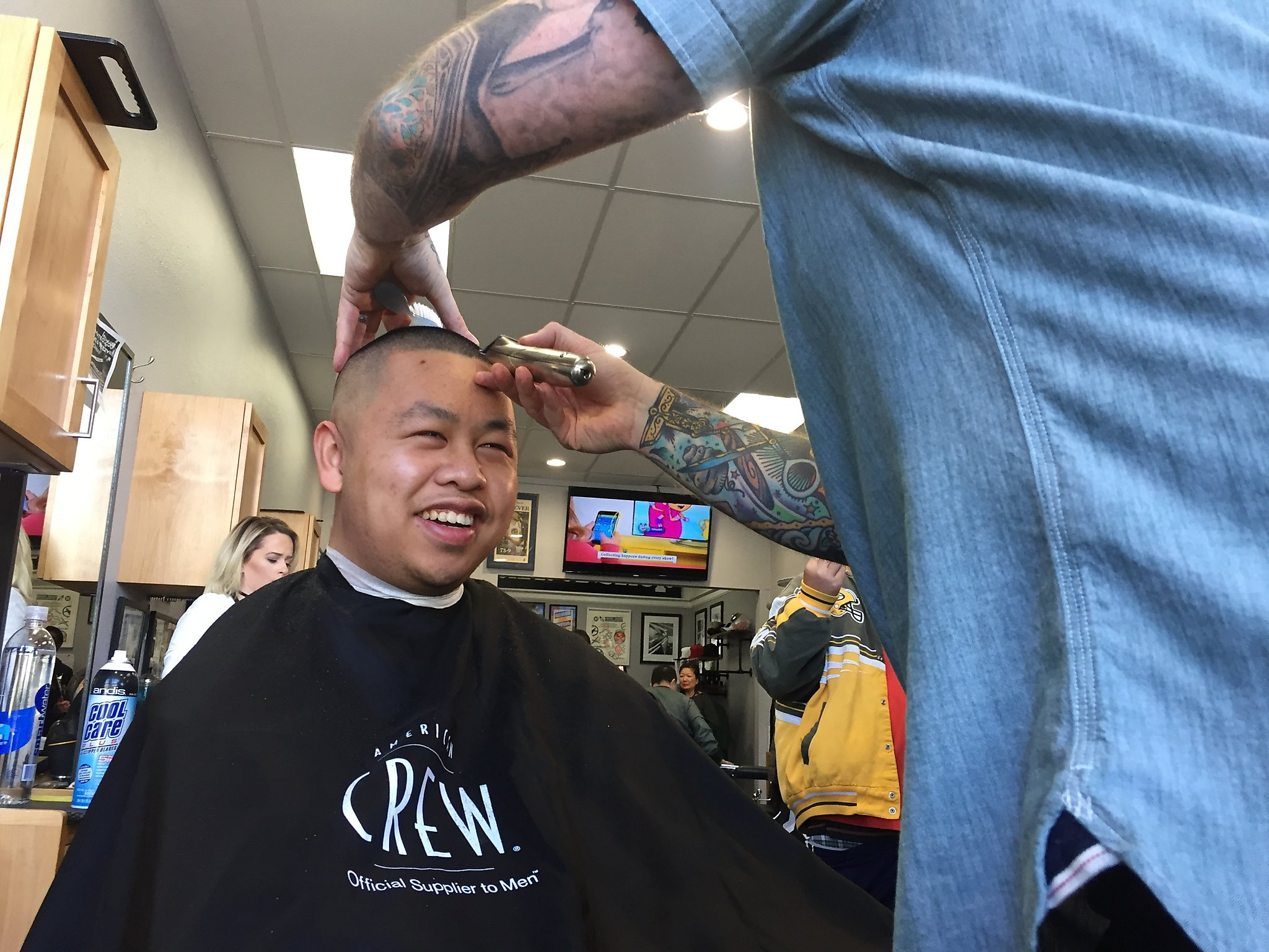 Holiday Haircuts A Gift From The Heart Sfchronicle