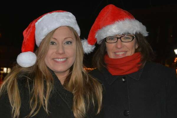 New Milford held its 40th annual Carol Sing on December 19, 2016. Santa was on hand to greet visitors while horse and wagon rides took guests around the town green. Members of the high school music department sang on the bandstand. Were you SEEN?
