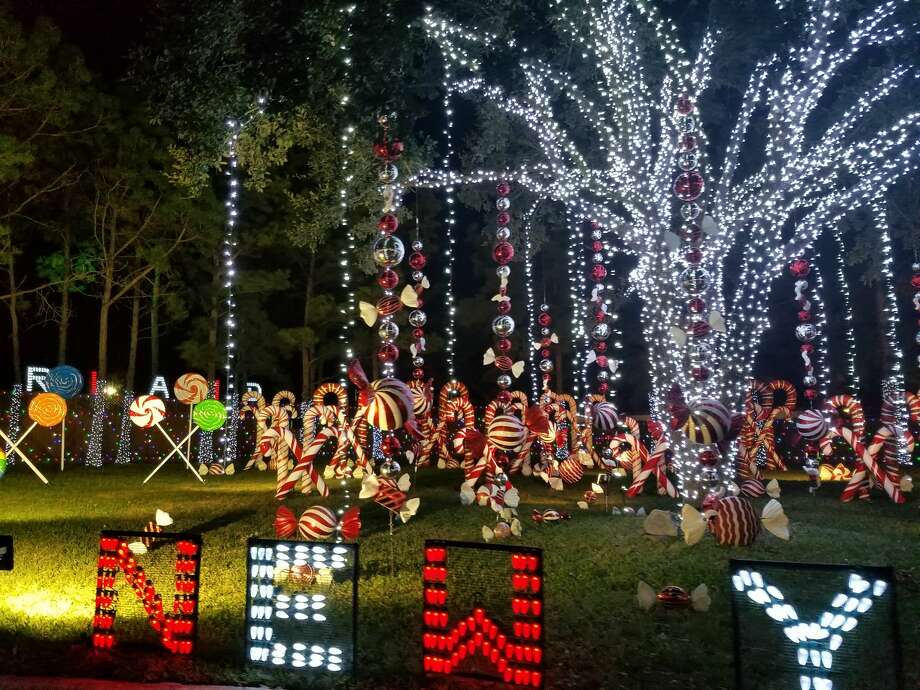 Photos: Winter Wonderland In HoustonA Christmas Lights Display On  Quincannon Lane In Spring Branch Caused