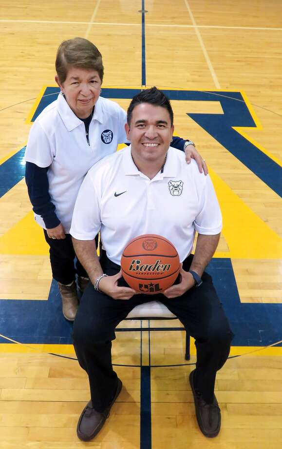 Alexander head coach Gilbert Cárdenas and his mother Agustina Cárdenas. Photo: Cuate Santos /Laredo Morning Times
