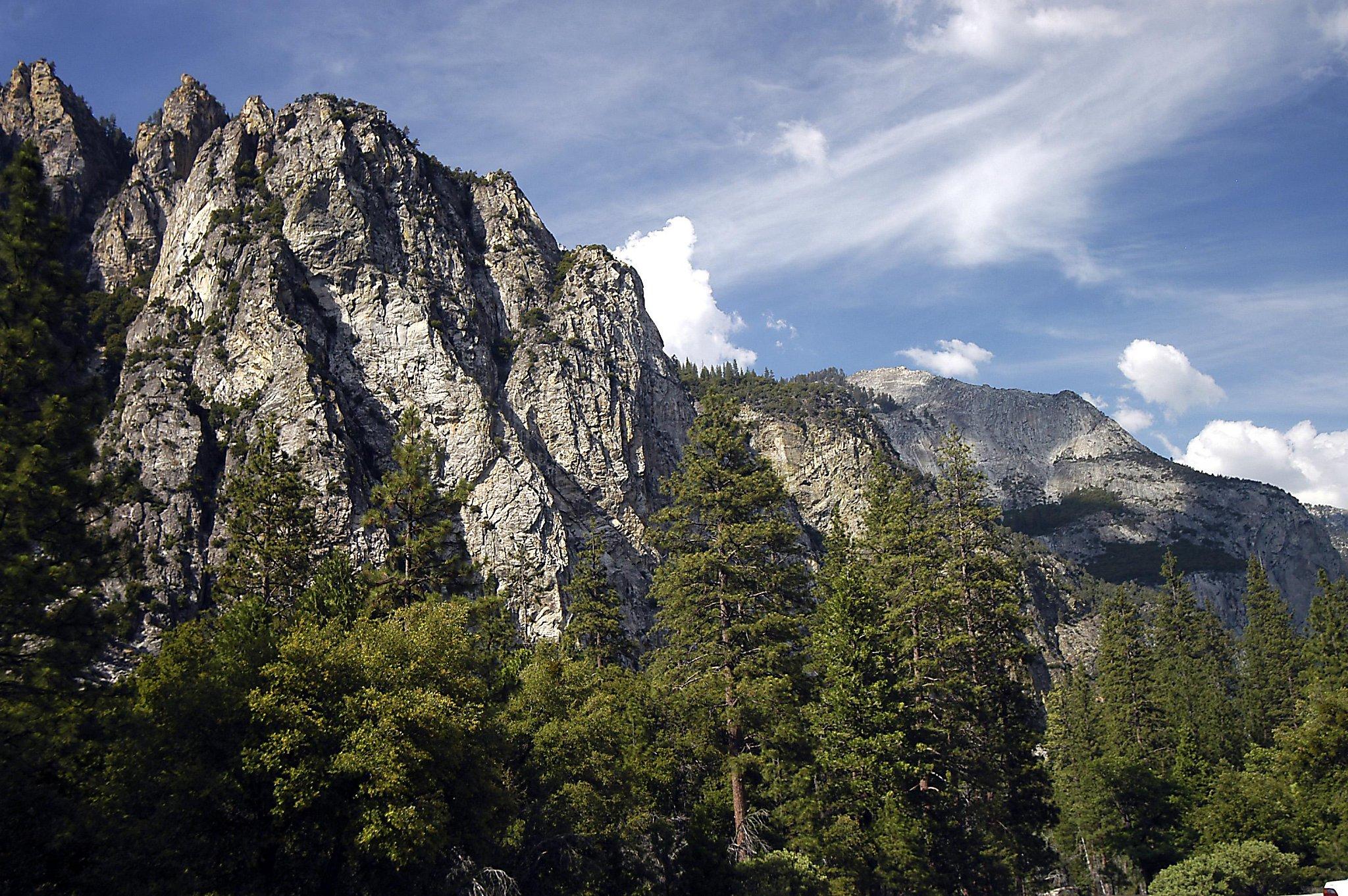 Rock climber falls 200 feet to his death on John Muir Trail