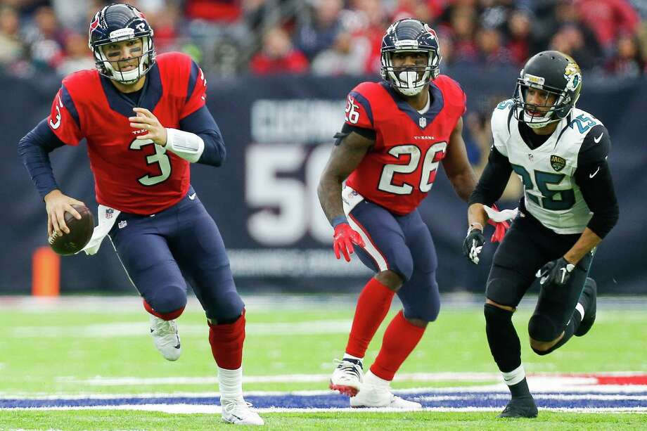 Houston Texans quarterback Tom Savage (3) makes a run during the second half of the Houston Texans 21-20 win against the Jacksonville Jaguars at NRG Stadium Sunday, Dec. 18, 2016 in Houston. ( Michael Ciaglo / Houston Chronicle ) Photo: Michael Ciaglo, Staff / © 2016  Houston Chronicle