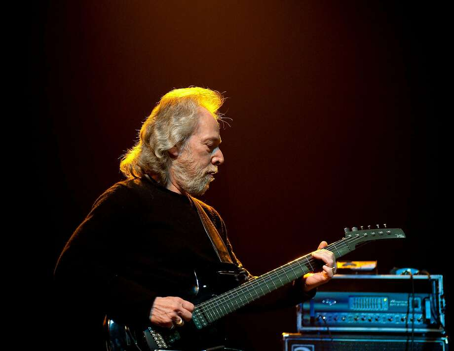 """Canned Heat guitarist Harvey """"The Snake"""" Mandel performs with the Heroes of Woodstock in Albuquerque in 2009. Now cancer-free, he plans to hit the road after a few more operations. Photo: Steve Snowden, Getty Images"""