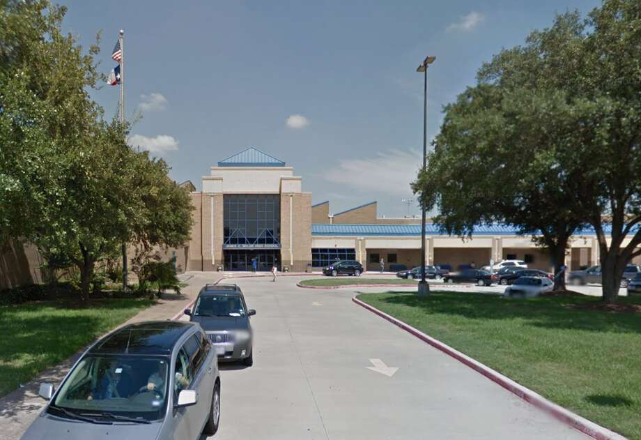 25. Taylor High School - Katy Independent School DistrictParent/student surveys on teachers: 3.8/5 (41 surveyed)Percent of teachers in first/second year: 9.6Student-teacher ratio: 18:1Source: Niche Photo: Google Earth