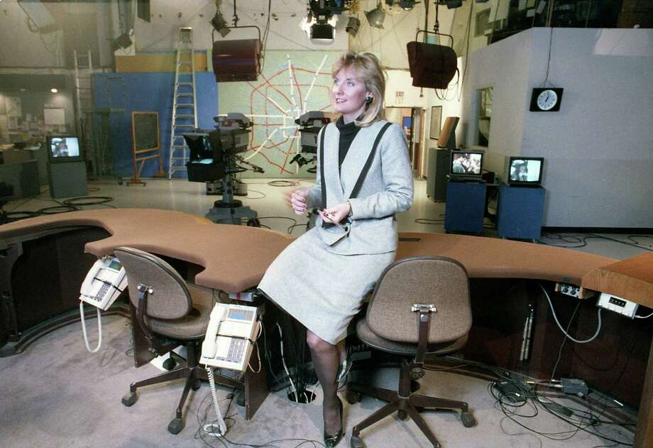 Shara Fryer, co-anchor of KTRK's (Channel 13) evening news, Dec. 11, 1986. Photo: John Everett, Houston Chronicle