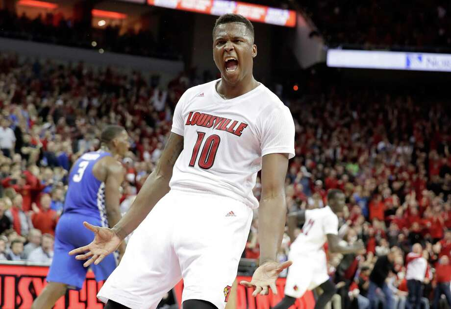 LOUISVILLE, KY - DECEMBER 21:  Jaylen Johnson #10 of the Louisville Cardinals celebrates during the 73-70 win over the  Kentucky Wildcats at KFC YUM! Center on December 21, 2016 in Louisville, Kentucky.  (Photo by Andy Lyons/Getty Images) ORG XMIT: 671039859 Photo: Andy Lyons / 2016 Getty Images