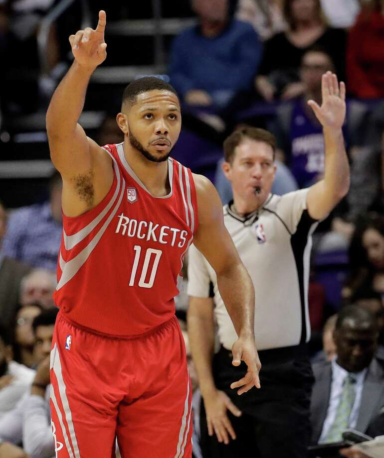Houston Rockets guard Eric Gordon celebrates a basket against the Phoenix Suns during the second half of an NBA basketball game, Wednesday, Dec. 21, 2016, in Phoenix. (AP Photo/Matt York) Photo: Matt York, Associated Press / Copyright 2016 The Associated Press. All rights reserved.