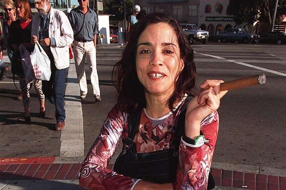 MARGA 3/C/18OCT95/DD/LH--Marga is a local comedian/actress who is becoming popular.  Her last one-woman theater piece was about her relationship w/her mother.  Her new piece is about her father.  She uses a cigar in the show.  Liz Hafalia