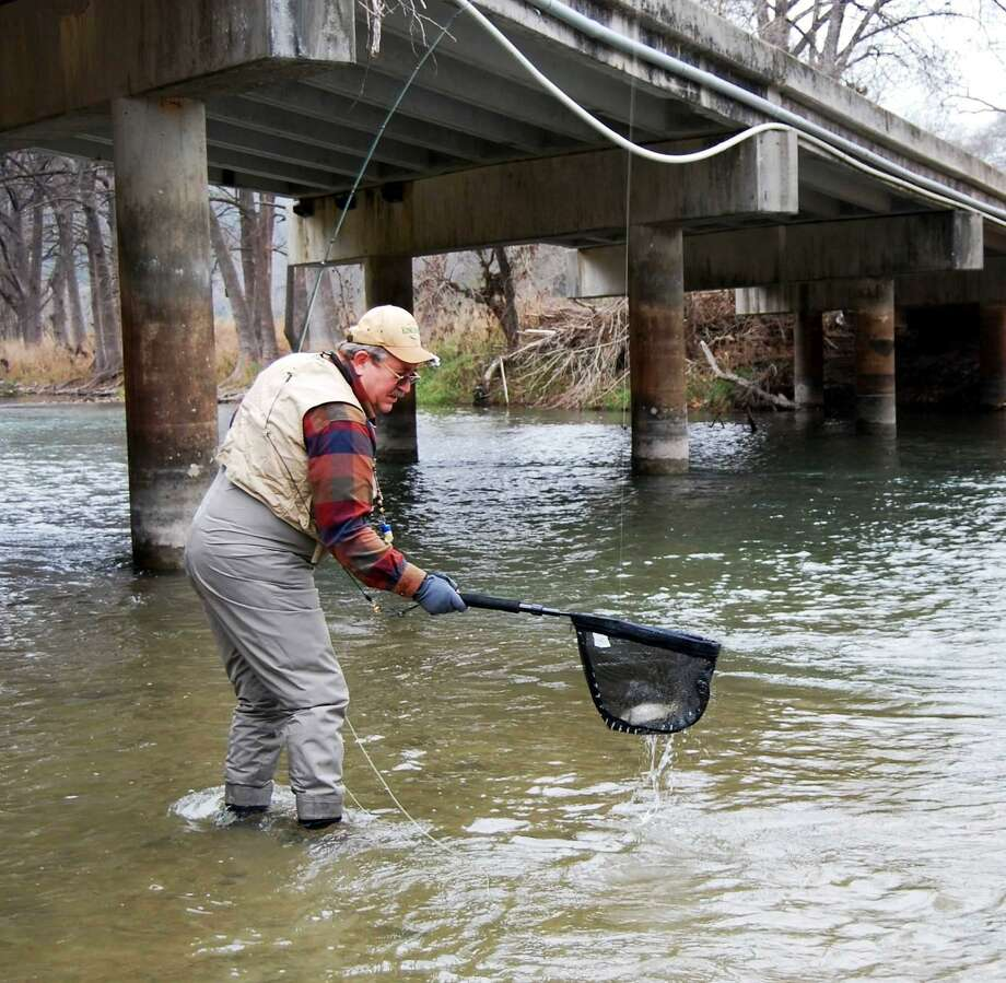 Outdoors calendar dec 22 san antonio express news for Guadalupe river fly fishing