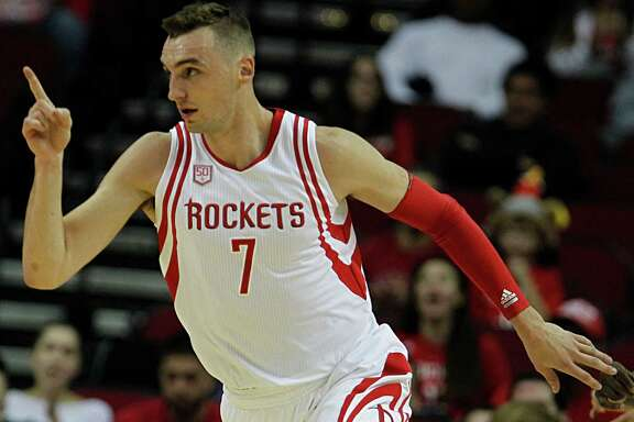 Houston Rockets forward Sam Dekker reacts after scoring a basket against the Utah Jazz during the first half of NBA game action at the Toyota Center Nov. 19, 2016, in Houston. ( James Nielsen / Houston Chronicle )