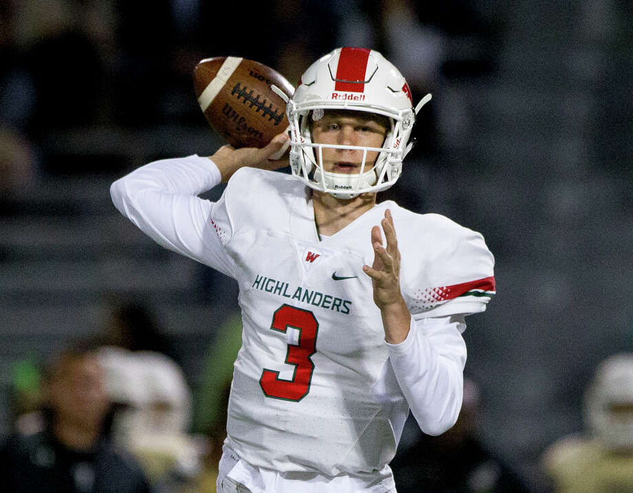 The Woodlands quarterback Eric Schmid (3) was named the All-District 12-6A Most Valuable Player by the league's coaches. Photo: Jason Fochtman, Staff Photographer / Houston Chronicle
