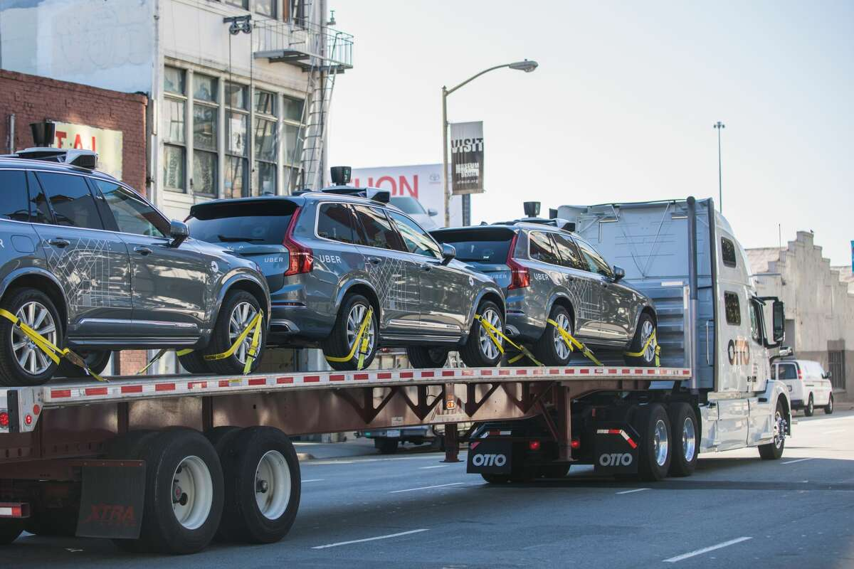 Uber is moving its self-driving pilot to Arizona, after the California Department of Motor Vehicles ordered the autonomous vehicles off the roads in San Francisco.