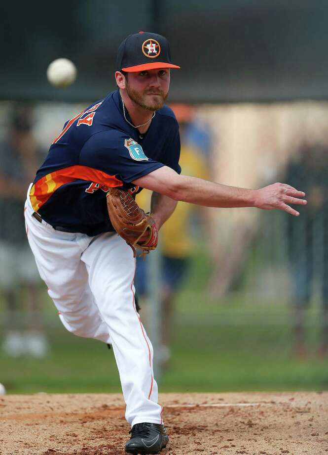 Houston Astros pitcher Brendan McCurry (70) during the first workout for Houston Astros pitchers and catchers for spring training in Kissimmee, Florida, Friday, Feb. 19, 2016. Photo: Karen Warren, Houston Chronicle / © 2015  Houston Chronicle
